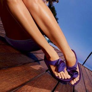 Fitflop Yoko Electric Indigo Sandals